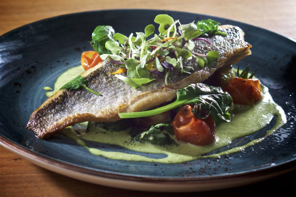 Heerlijk vis eten bij Castillo de Monda